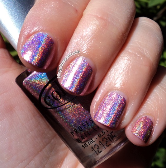 more sun, work that holo!