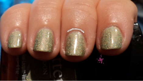 Trustafarian Butter London - inside light