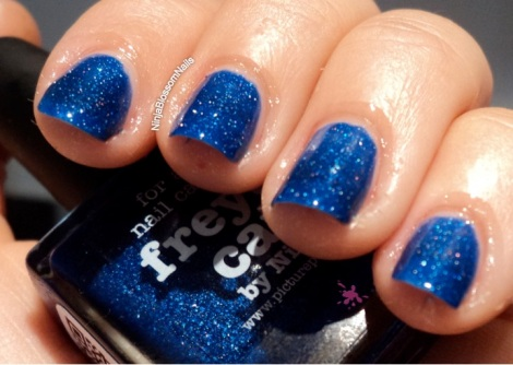 piCture pOlish Freyas Cats Inside